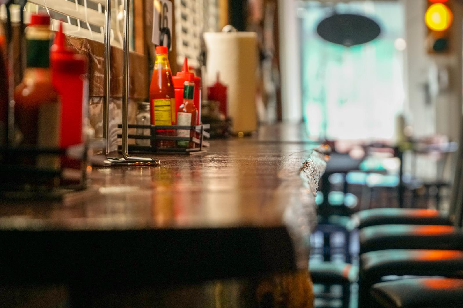 Restaurant Business Success Strategies – How Can Restaurants Distinguish Them From Casual Dining Outlets?